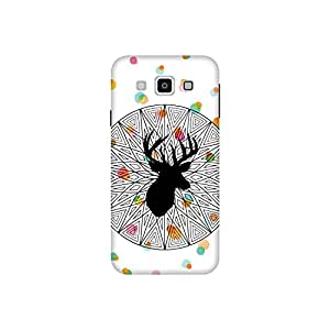 The Racoon Grip printed designer hard back mobile phone case cover for Samsung Galaxy E5. (The Poser)