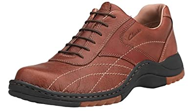 Clarks Men's Halogen Oxford, Tan/Dark Red, 7 M