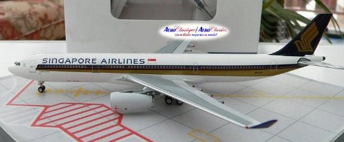 aeroclassics-singapore-airlines-a330-300-model-airplane