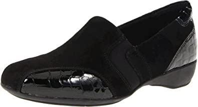 Clarks Women's Artisan Noreen Will Slip-On Loafer,Black,6 M US