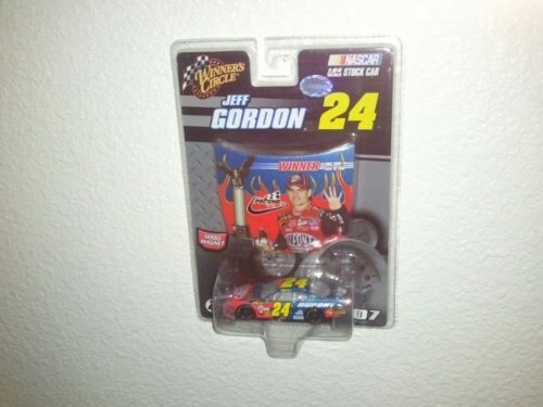 2007 Jeff Gordon #24 Dupont Monte Carlo Pocono Long Pond Win June 2007 1/64 Scale & Bonus Magnet Hood With Victory Lane Celebration Winners Circle - 1