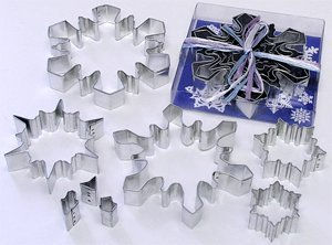 RM Snowflake Metal Cookie Cutter Set - 8 pcs - for Holiday Baking / Christmas Party Favors / Scrapbook Stencils