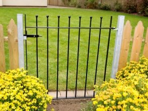 Wetherby Metal Garden Gate (91.5cm) (In Green)- Ready to fix with 2 posts