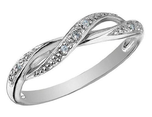 Diamond Ring in 10K White Gold, Size 6.5