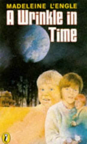A Wrinkle in Time (Puffin Books)