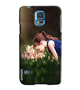 Omnam Girl Playing With Cats Printed Designer Back Case Samsung Galaxy S5