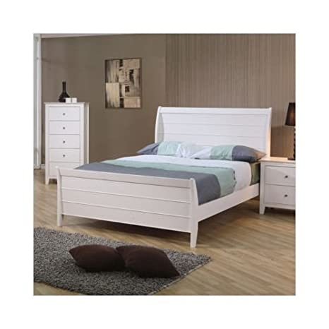 Full Size Sleigh Bed Cape Cod Style in White Finish
