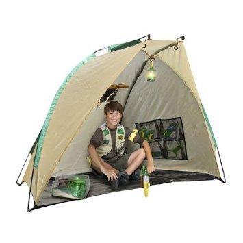 Backyard Safari Adventure Base Shelter with Lantern from Backyard Safari