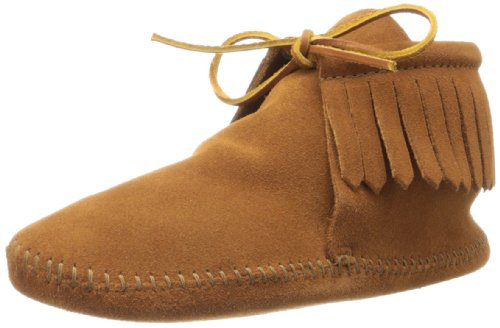 Minnetonka Men's Classic Fringe Moccasin Boot