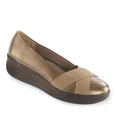 Amazon.com: Women's Bandolino, Darcy classic style Pumps ...