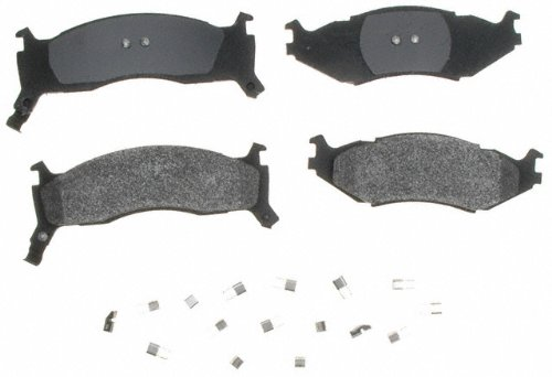 Raybestos SGD524M Service Grade Semi-Metallic Disc Brake Pad Set