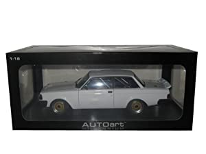 Volvo 240 Turbo Plain Body Version White 1/18 Autoart