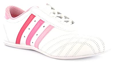 white adidas womens trainers