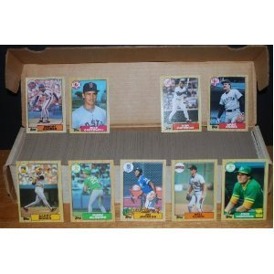 1987 Topps Baseball Complete Set (Barry Bonds Rookie) (Will Clark Rookie) (Bo Jackson Rookie) (Mike Greenwell Rookie) (Ruben Sierra Rookie) (Barry Larkin Rookie) (Raphael Palmeiro Rookie) (Pete Rose) (Roger Clemens) (Kirby Puckett) (Mike Schmidt) (Don Mat