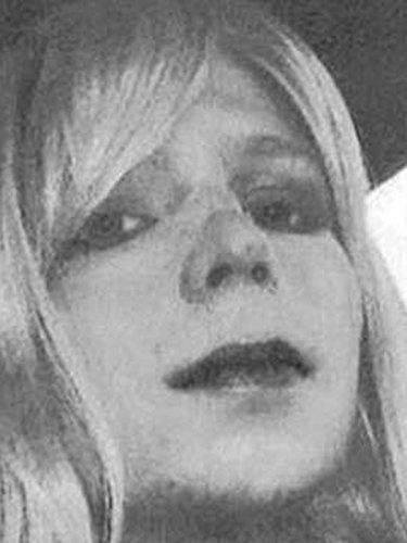 Chelsea Manning Attempts Suicide In Prison
