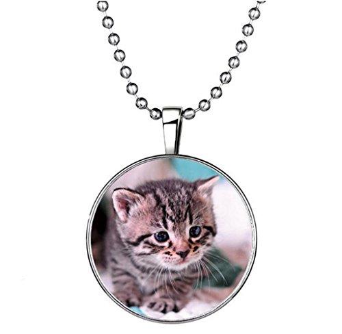 Winter's Secret Circle Shape Luminous Animal Pendant Personality Cat Alloy Noctilucent Necklace
