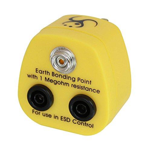 lindy-uk-anti-static-earth-bonding-1-x-10-mm-stud-and-2-x-4-mm-banana-socket-plug