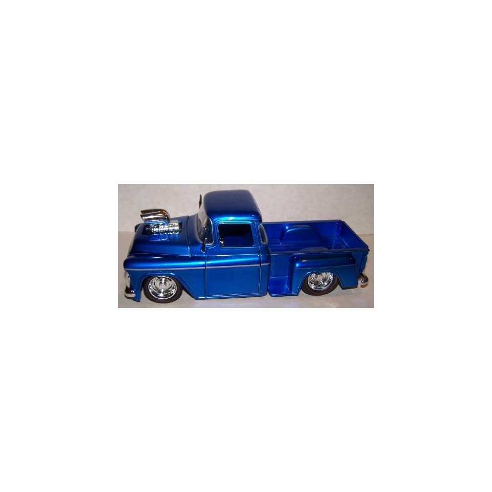 Jada Toys 1/24 Scale Diecast Big Time Muscle 1955 Chevy Stepside with Blown Engine in Color Blue