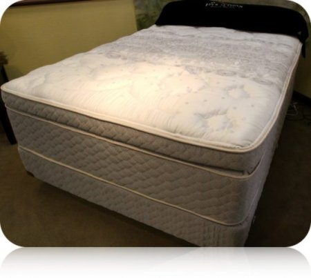 Buy big discount king four seasons nobility super pillow for Best store to buy a mattress