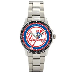 MLB Mens MC-NY5 New York Yankees Coach Series Watch by Game Time