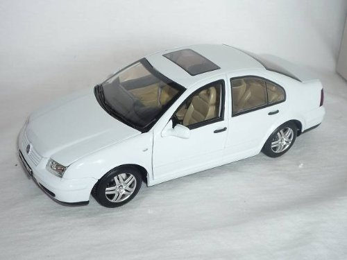 VW VOLKSWAGEN BORA 2002 WEISS