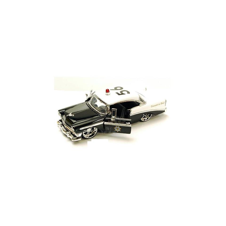 Jada Toys Heat   Chevy Bel Air Highway Patrol (1956, 124, Black & White)