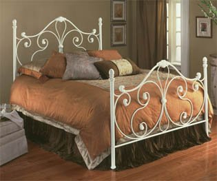 Aynsley Ivory White Metal Full Bed w/Bed Frame Head & Footboard Review