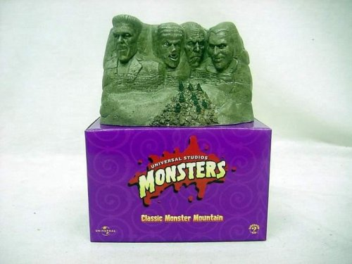 Buy Low Price Sideshow Universal Studios Monsters – Classic Monster Mountain Figure (B00120Y31E)