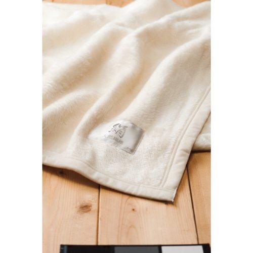 皇室献上メーカーが作ったシルク毛布(桐箱入) 寝具
