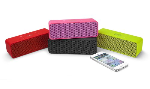 Urban Beatz ROCKBOX Portable Wireless Stereo Bluetooth Speaker with Built in Microphone / Speakerphone & 7 hour Rechargeable Battery poweradd™ ultra portable wireless bluetooth speaker with built in microphone and rechargeable battery for iphone ipad samsung tablets laptops mp3 players and other bluetooth enable devices
