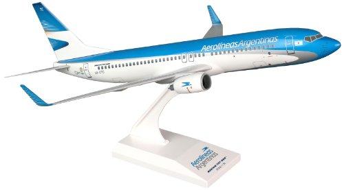 skymarks-skr704-aerolineas-argentina-boeing-737-800-1130-snap-fit-model