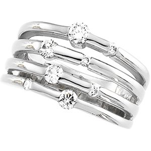 14K White Gold 1/2 CT TW Right Hand Diamond Ring