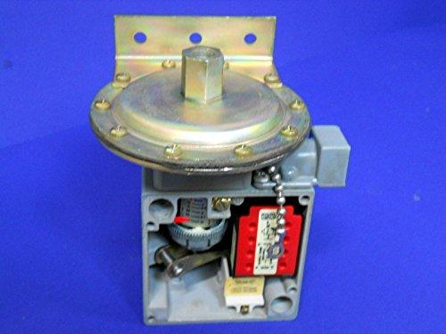 Square D C65082-067-50 Company Pressure Switch Rnb