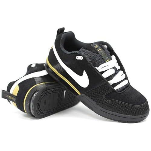 Amazon.com: Nike 6.0 Air Insurgent (Black/White/Metallic