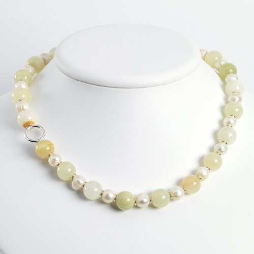 Sterling Silver Green Jade/White Cat's Eye/Quartz/Cultured Pearl Necklace - 18 Inch