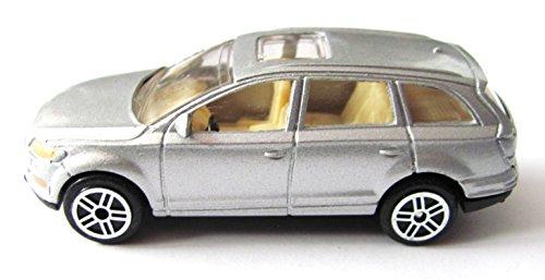 Spielzeugauto - Kombi in silber - 1-64