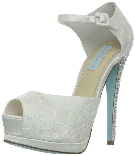 Blue by Betsey Johnson Women's Veil Pump,Ivory Satin,7.5 M US