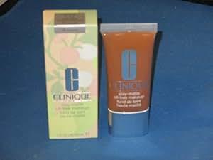Clinique Stay-Matte Oil-Free Makeup Clove 1 oz