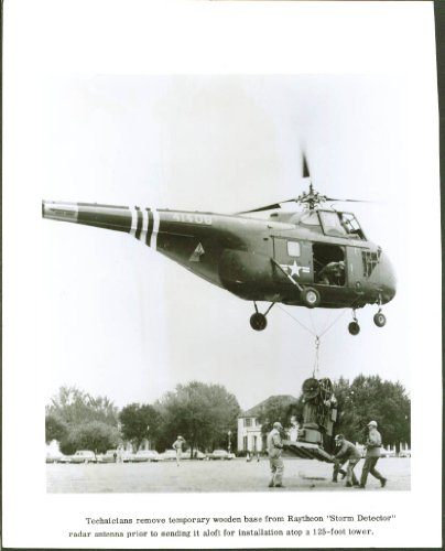 sikorsky-h-55-lifts-raytheon-storm-detector-photo-1950s