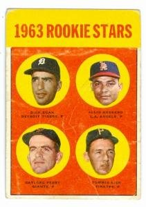 Gaylord Perry baseball card (San Francisco Giants) 1963 Topps #169 Rookie Card