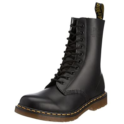 Dr Doc Martens 1490 Classic Black leather Boot Goodyear Welted 11857001: Black: UK 9