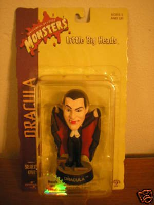 Picture of Sideshow Little Big Heads Dracula Series 1 Figure (B00237OJTQ) (Sideshow Action Figures)
