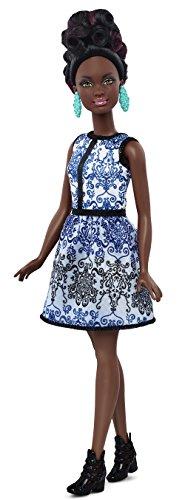 Mattel-Barbie-DMF27-Modepuppe-Fashionista-im-blauen-Brokat-Kleid-bunt