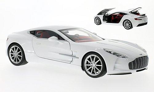 Aston-Martin-ONE-77-met-weiss-2009-Modellauto-Fertigmodell-AUTOart-118
