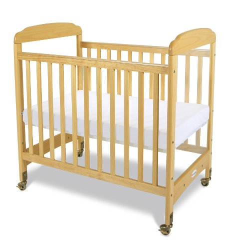 Foundations Serenity Compact Sized Clearview Crib, Natural