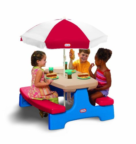 Little Tikes Fold and Store Picnic Table with Market Umbrella