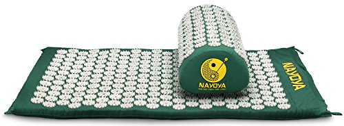 nayoya-back-and-neck-pain-relief-acupressure-mat-and-pillow-set-relieves-stress-back-neck-and-sciati