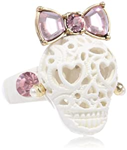 "Betsey Johnson ""Lace Skull"" Stretch Ring, Size 7.5"