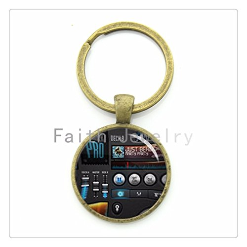 music lovers jewelry DJ mixer turntable keychain musician key chain personalized music fans gift (Dj Turntable Ring compare prices)