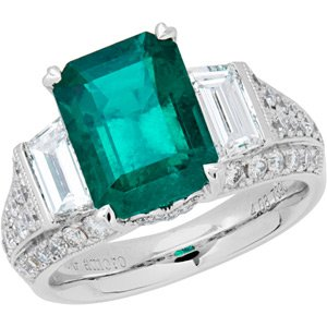 Colombian Emerald and Diamond Ring in 18kt white gold